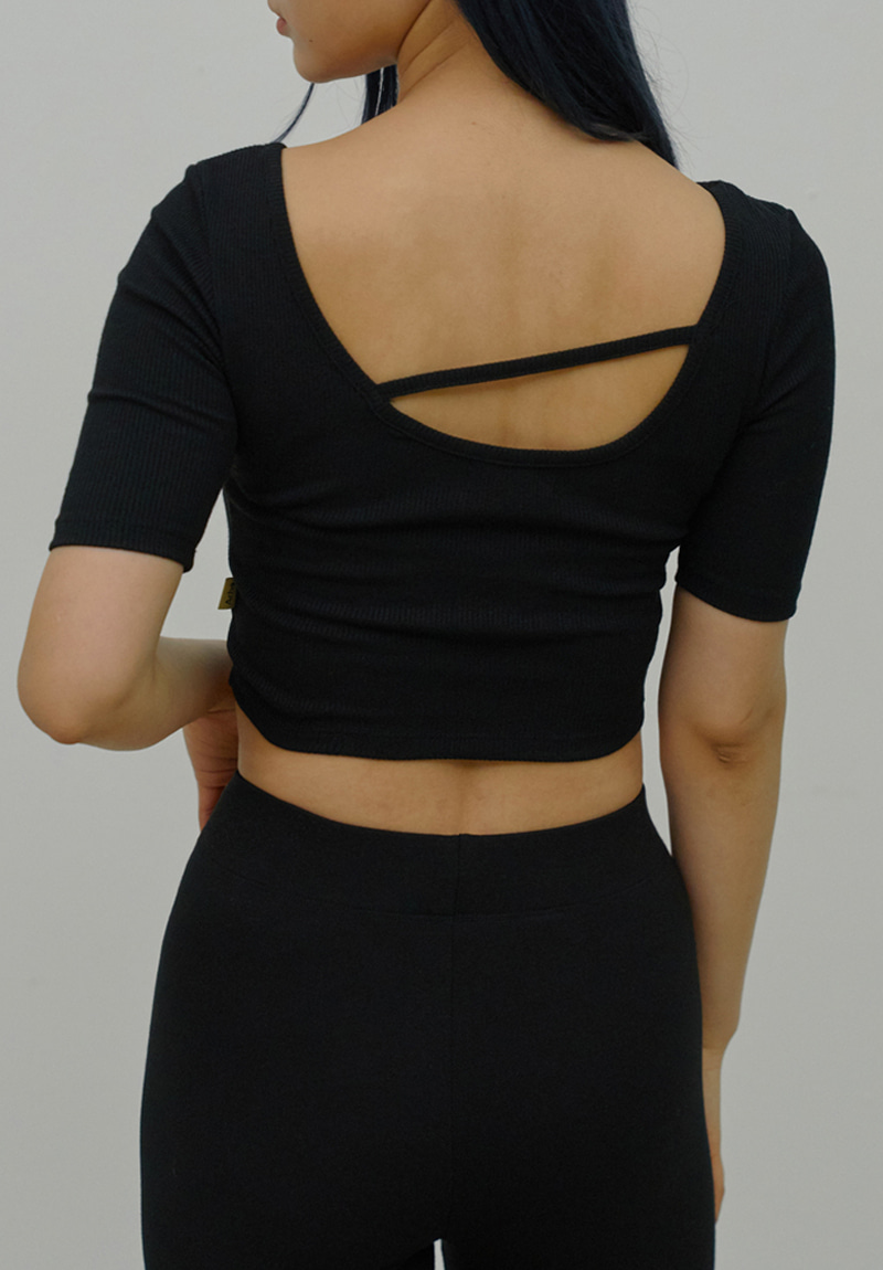 Back Unbal Crop Top_Black
