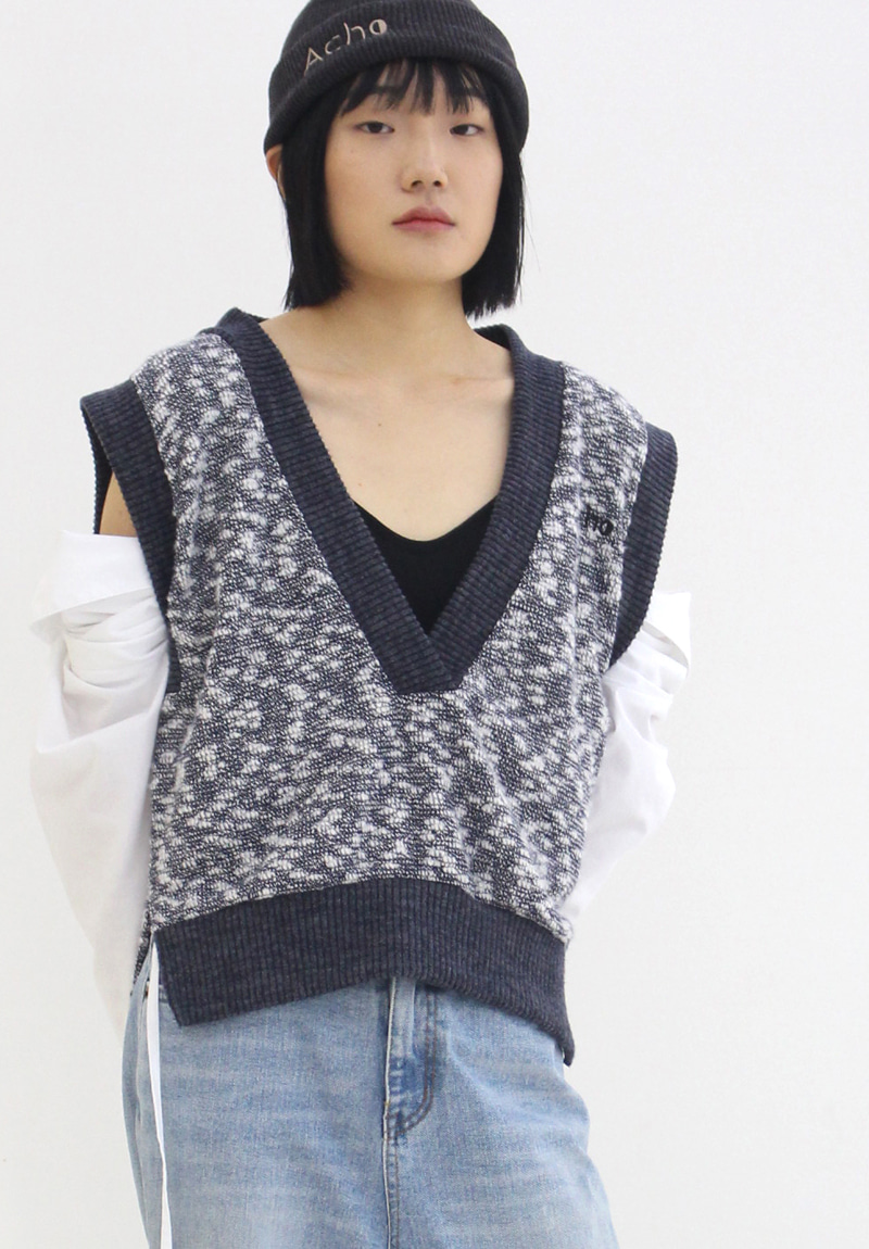 Deep V-neck Vest_Navy